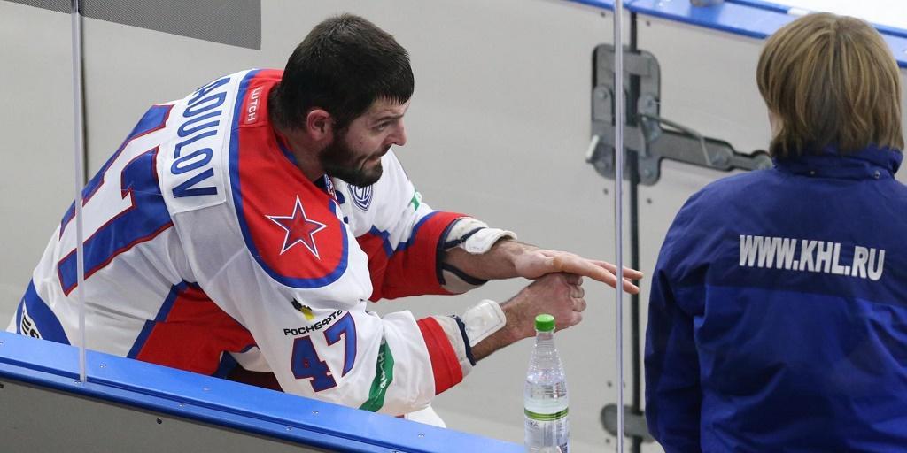 «Радулов обнял и извинился». Женщина, которая работает хоккейным судьей