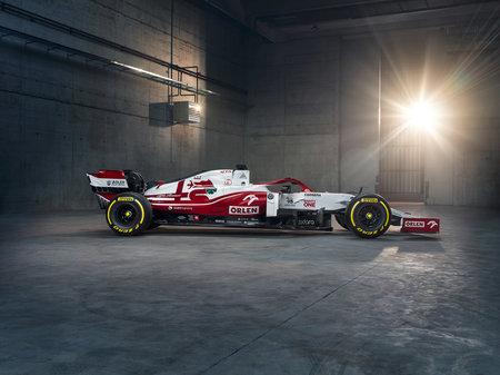 Болиды-2021. Представляем все машины «Формулы-1»