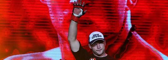 «Были мысли перестать выступать». Как Шлеменко закончил важнейший бой и худший год своей карьеры