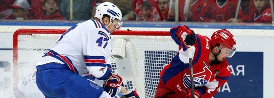 Радулов начинает забивать в плей-офф, СКА выигрывает с минимальным счетом