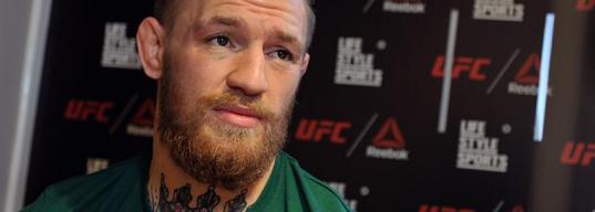«Конор МакГрегор плакал, проиграв мне». Каким было первое поражение самого популярного бойца UFC