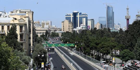 Первый в истории «Формулы-1» Гран-при Азербайджана: чем сейчас живет Баку