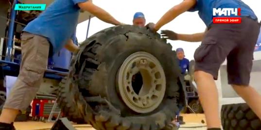 Как выглядят пробитые колеса в Мавритании? 7-й этап Africa Eco Race