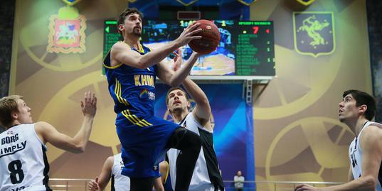 Алексей Швед доказывает, что в российском баскетболе тоже есть красота