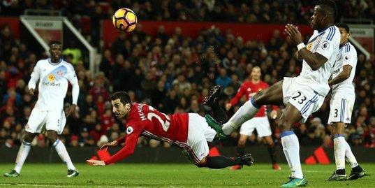 Мхитарян забил лучший гол сезона в «Манчестер Юнайтед»