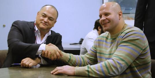 Как Федор Емельяненко подписывал контракт с Bellator