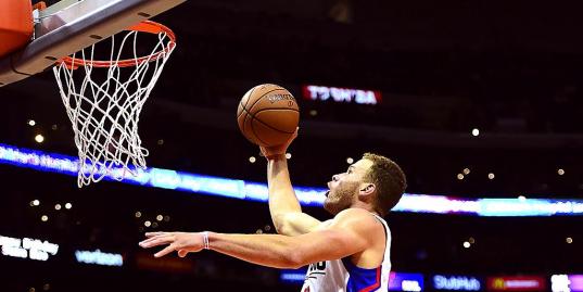 Данк, которого вы не увидите даже на Матче звезд НБА