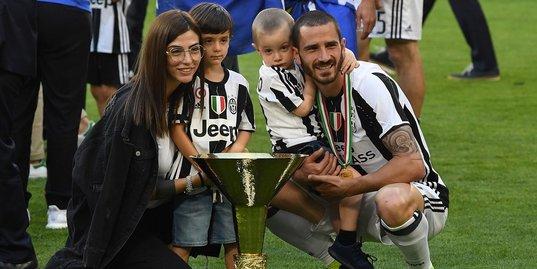 Почему сын Бонуччи болеет за «Торино»?
