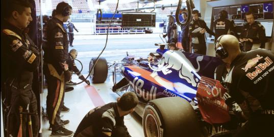 Вторая неделя предсезонных тестов «Формулы-1»: включение Алексея Попова из Барселоны