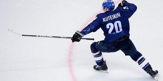Кутейкин забивает третий гол с центра площадки за 17 дней