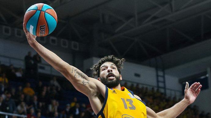 Экс-баскетболист «Химок» Гилл продолжит карьеру в НБА