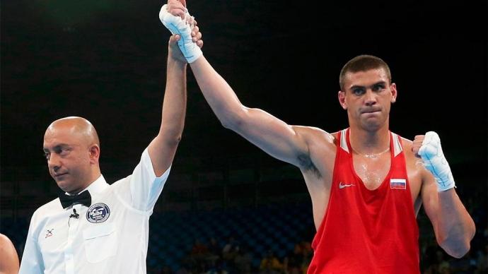 Тищенко защитил титул чемпиона Европы, Гаджимагомедов взял серебро