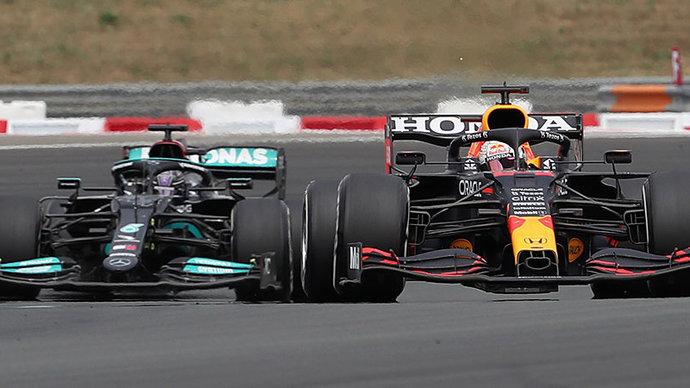 В Сильверстоуне дан старт первой спринтерской гонке в истории «Формулы-1»