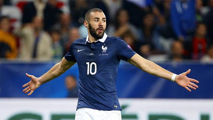 Президент Франции одобрил решение Дешама вызвать Бензема в сборную на Евро-2020