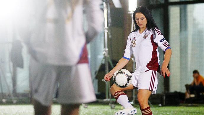 Анна Кожникова: Когда узнала о своей онкологии, решила закончить с футболом. Жизнь на какое-то время реально остановилась
