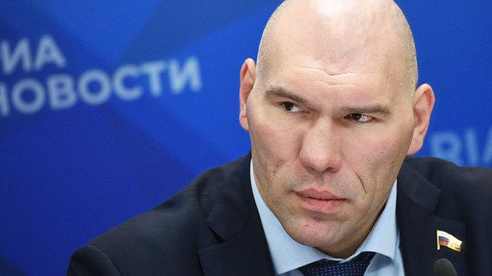 Валуев ответил на вопрос о том, должен ли Черчесов уходить в отставку