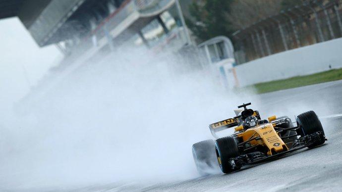 Руководство французского автопроизводителя «Рено» подтвердило, что команда останется в «Формуле-1»