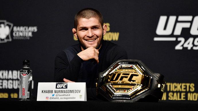 Хабиб выложил шуточный ролик о переговорах с главой UFC