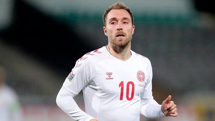 Матч Дания  Бельгия был прерван после 10-й минуты в честь Эриксена