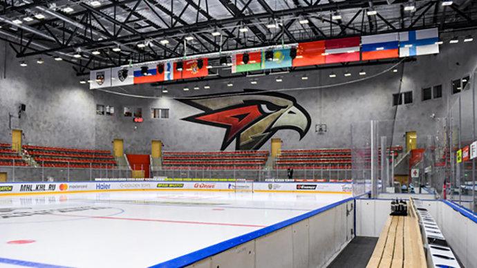 Команде МХЛ Кузнецкие медведи засчитано поражение за неявку на матч с Омскими ястребами