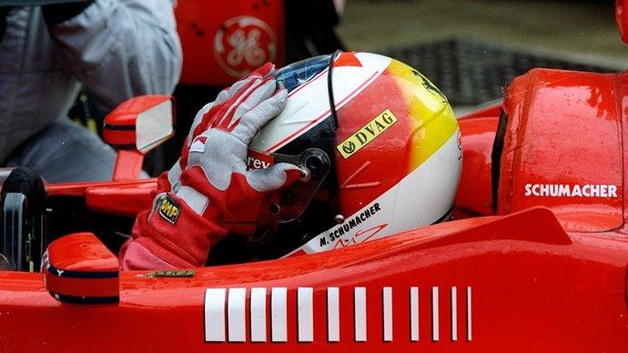 Болид Шумахера продан с аукциона за 6,6 миллиона долларов