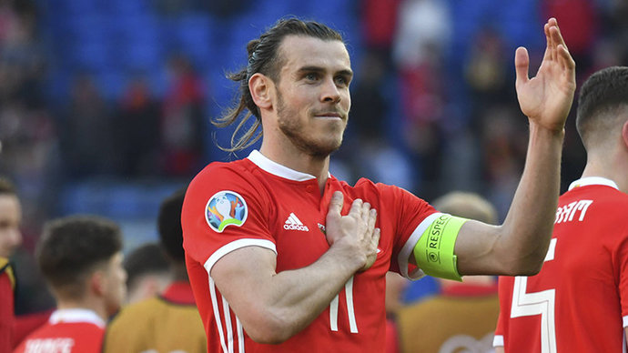 Бэйл пробил сильно выше ворот с пенальти в матче с Турцией на Евро (видео)