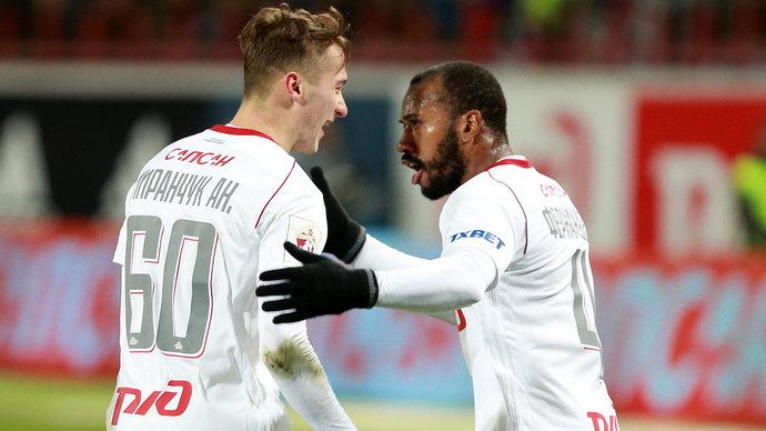 Джефферсон Фарфан: «Желание помочь сборной и «Локомотиву» помогло преодолеть физическую усталость»