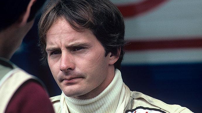 «Его смерть лишила нас великого чемпиона». Почему Жиль Вильнев — легендарный пилот «Ф-1»