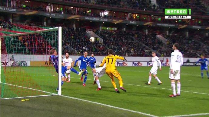Локомотив - Копенгаген. Михалик выносит мяч с линии ворот (видео)