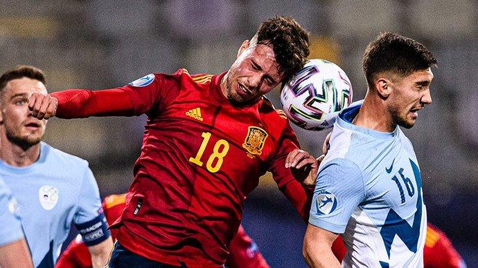 Испания обыграла Словению в 1-м туре молодежного ЧЕ, Италия сыграла вничью с Чехией