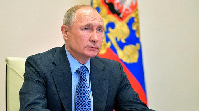 «Ваши победы служат примером для молодых пловцов». Путин поздравил Сальникова с юбилеем