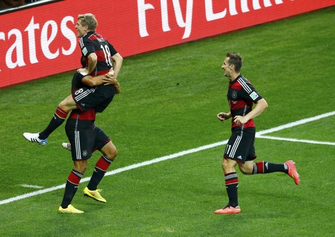 С бразилеей ставки германия на сегодня футбол