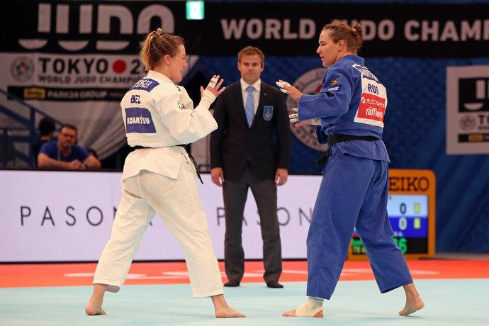 Александра Бабинцева стартовала со второго круга, где уступила Софи Бергер (Бельгия).