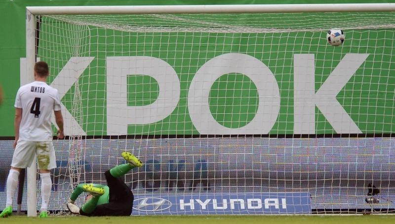 Футболисты Мордовии давно могли бы приостановить работу