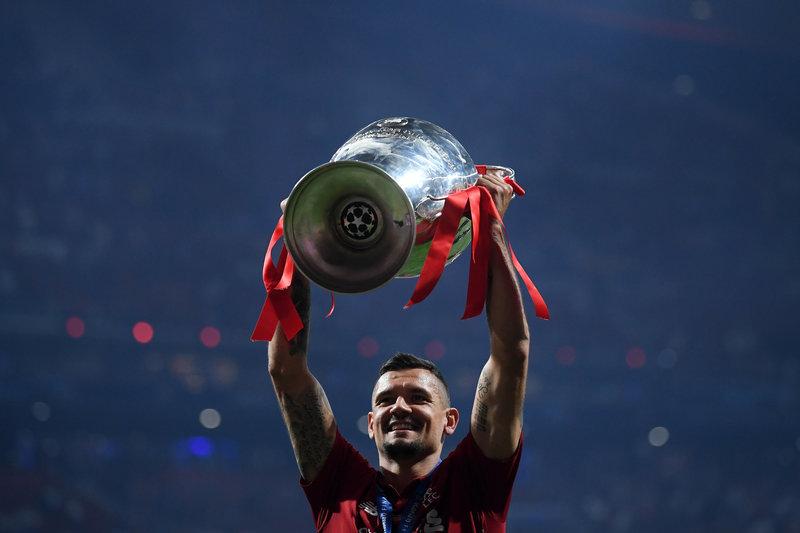 Трансферная жара. Гранды РПЛ усилятся за счет «Ливерпуля» и «Милана»?