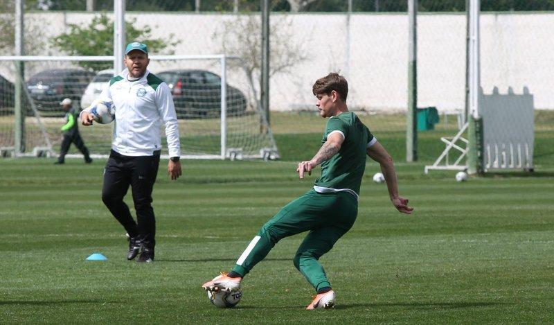 «Футбол парализован. Да людям и не до него». Что происходит в Южной Америке