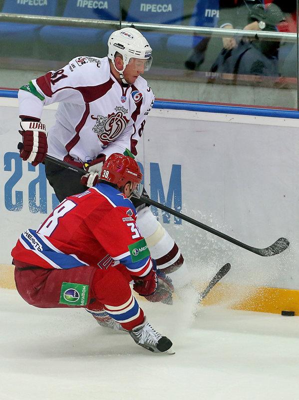 Коскинен – основной вратарь «Эдмонтона», Ягр играет в Чехии, Лехтеря попал в скандал. Где и как сейчас выступают легионеры КХЛ