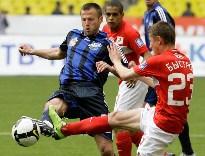 Андрей Каряка: «В Самаре буду симпатизировать «Крыльям», а в игре с «Бенфикой» — «Спартаку»