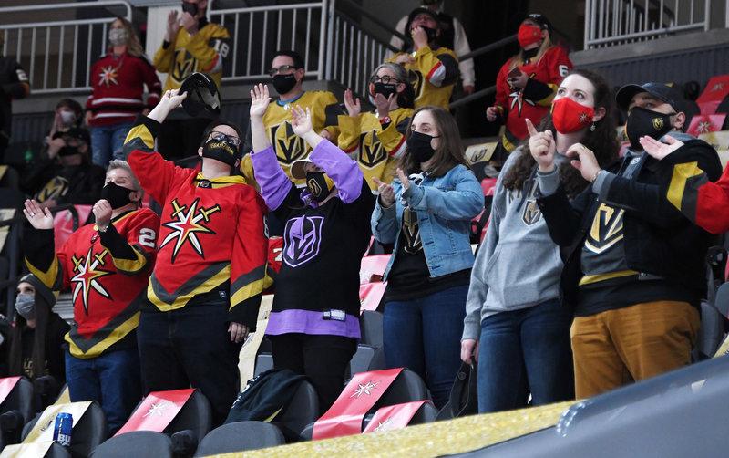 Как НХЛ будет бороться с ковидом? Без «Спутника», но со зрителями