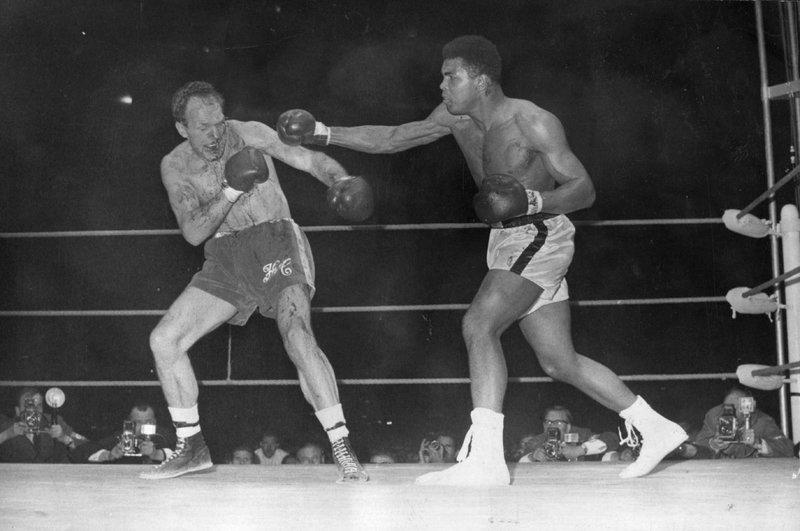 Али боксировал с болезнью Паркинсона