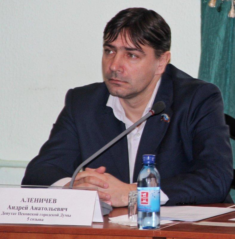 Открыл Аленичева, рассказал про договорняки, ушел из футбола, живет на озере. Интервью с тренером Владимиром Косоговым