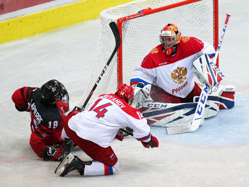 Сергей Голубович: «Смеялись, что игроки не знают, что такое лакмусовая бумажка»