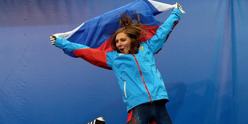 Скелетон вместо футбола, самая страшная трасса и спуск Алексея Ягудина по ледовому желобу. Елена Никитина - в программе «Тает лед»
