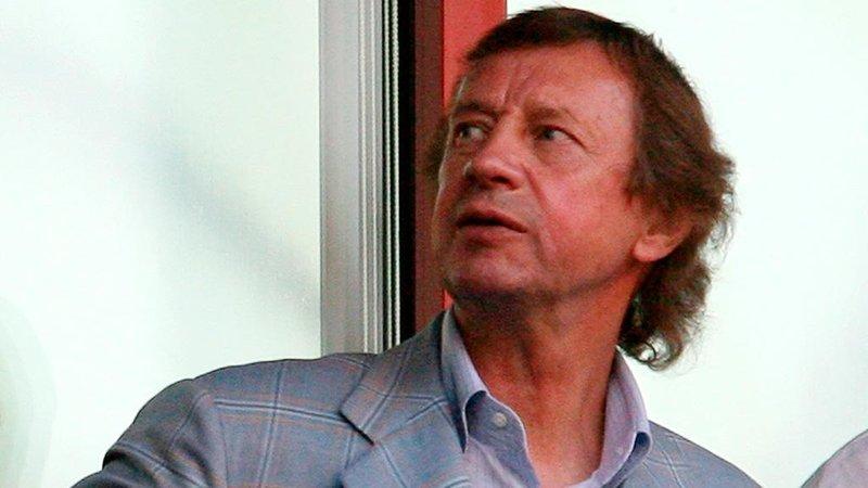 Три вагона шин за полузащитника ЦСКА. Как это делалось в 90-е