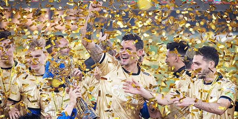 Что еще может выиграть «Зенит» в этом году? Впереди три матча со «Спартаком»
