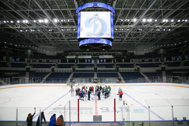 Стадион динамо москва хоккейный клуб 13 футов щелково ночной клуб отзывы