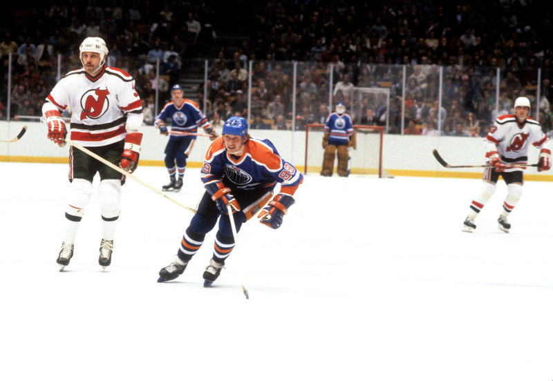 Мог бы Гретцки играть в сборной СССР? Русские звезды – о великом канадском хоккеисте в день его 60-летия