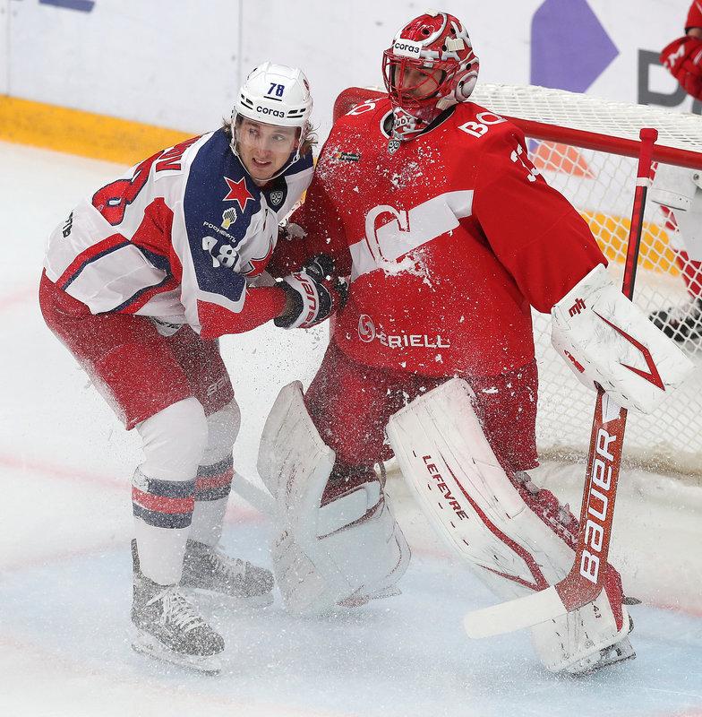 Интрига оказалась иллюзией. ЦСКА уверенно разбирается со «Спартаком». Возьмут ли красно-белые хоть один матч в серии?