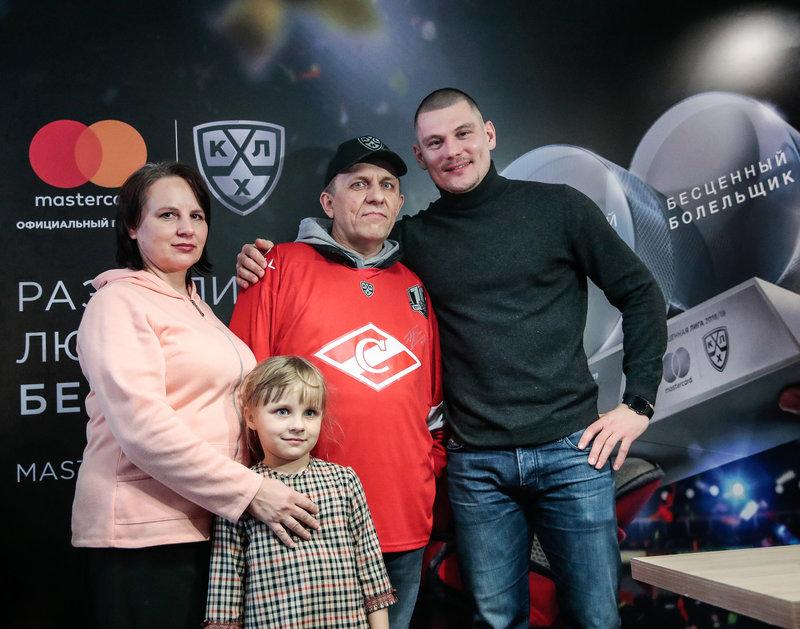 «Спартак» в Москве разгромил «Йокерит». Смотри лучшие кадры матча и видеообзор