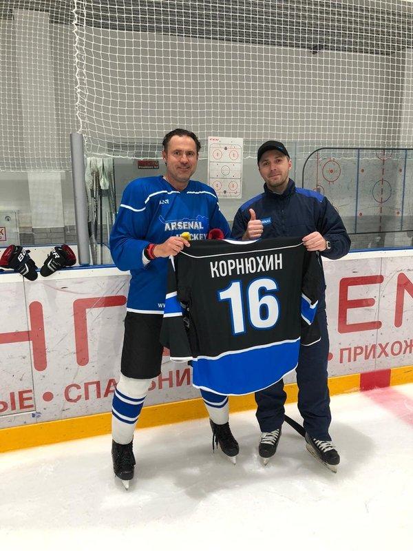 Евгений Корнюхин: «Надо было семью содержать — пошел на стройку»